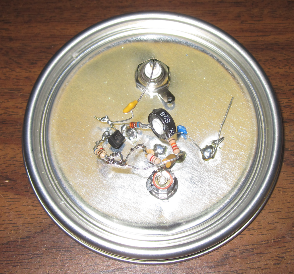 Building An Rf Noise Generator For Testing Filters How To Build Simple White Circuit Diagram Ok Back The Paint Can Lids Are Handy Prototyping Circuits You Built Them Dead Bug Style On Bottom Side Of Lid